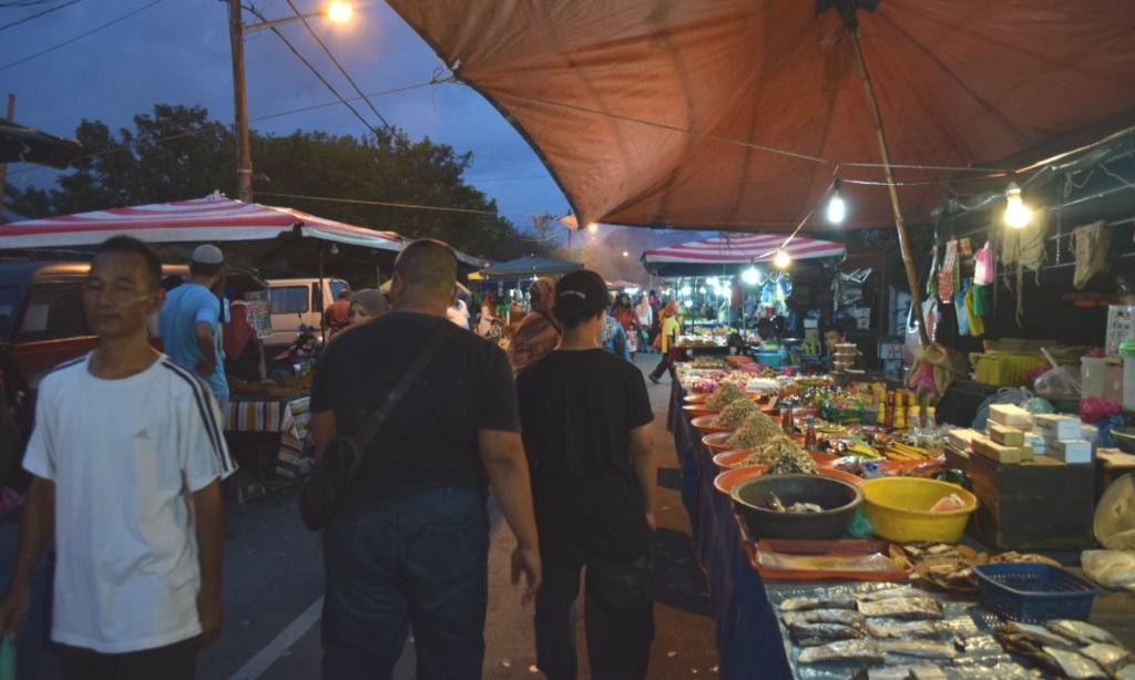 Hoe overleg je een kampung kampong Indonesië Maleisië Eating Habits (4)