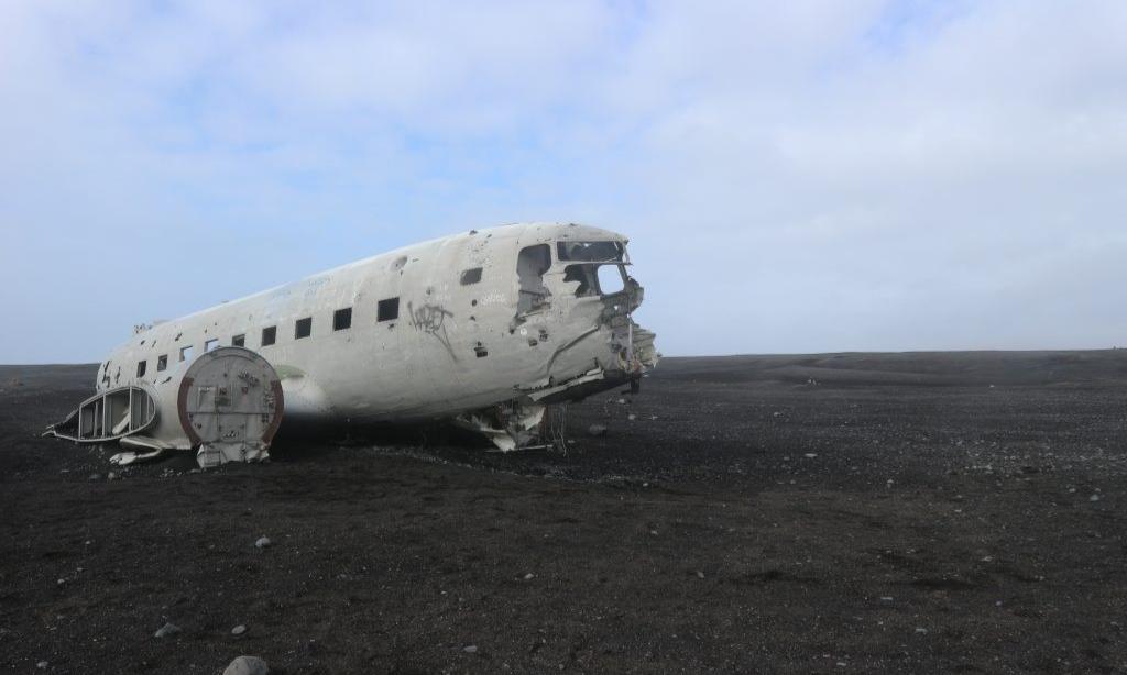 vliegtuigwrak in IJsland vlogdebuurt Eating Habits reizen algemeen (2)