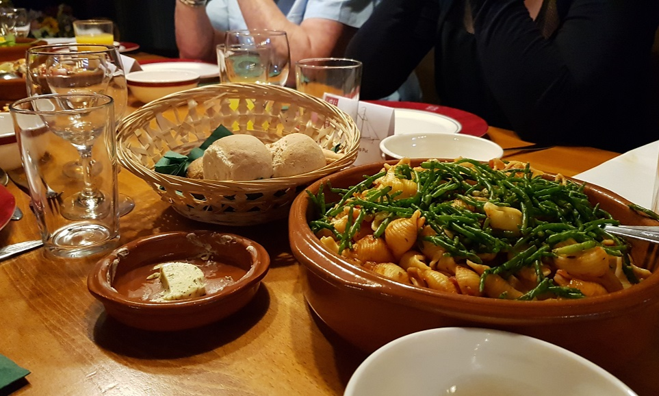 Helena Culinair Mosselen op de Maas - Eating Habits (15)