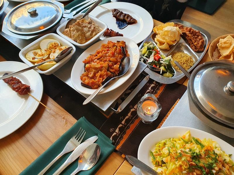 indofoodtour Nederland - Eating Habits